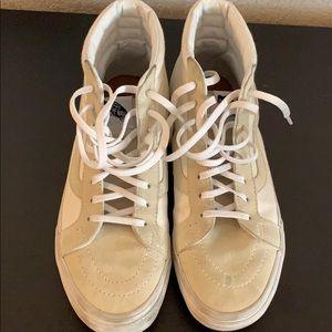 White/cream suede Vans Sk8-hi